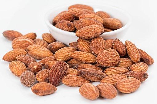 almonds-1768792__340.jpg