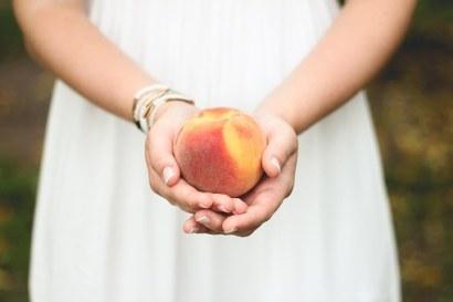 peach-698592__340